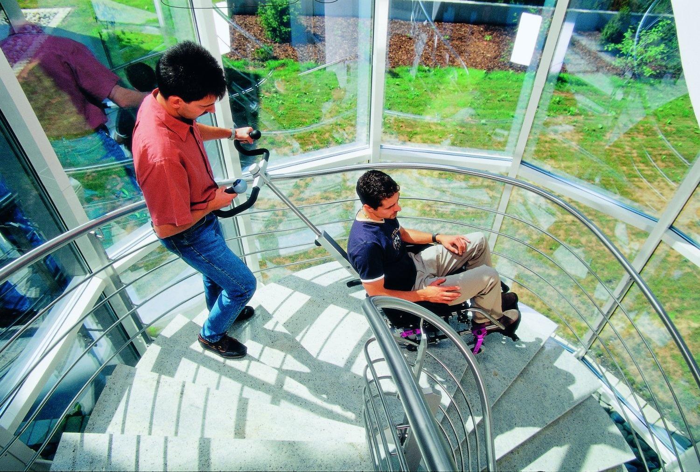 Sedia a rotelle per gradini casamia idea di immagine for Medimec international srl