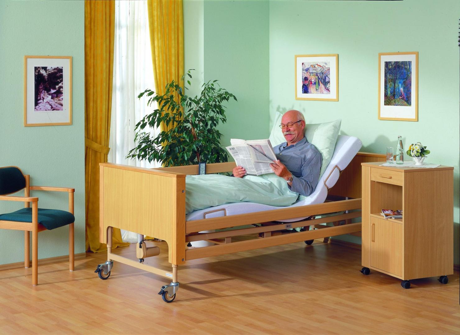 Letto ortopedico elettrico a motori per anziani o infermi haydn