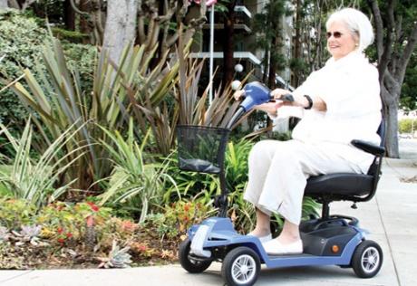 Noleggio scooter elettrico per disabili a Bergamo